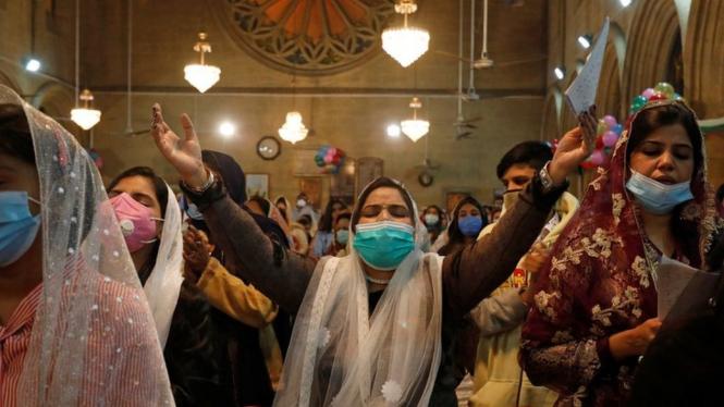 Intip Perayaan Natal di Berbagai Belahan Dunia, Vatikan hingga Jakarta