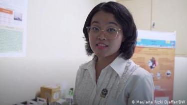 Ilmuwan LIPI Ciptakan Layar Ponsel dari Limbah Kelapa Sawit