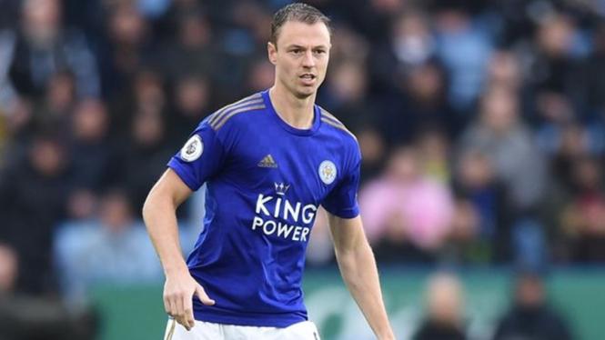 Bek Leicester City, Jonny Evans