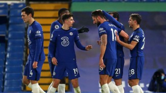 Para pemain Chelsea merayakan gol Olivier Giroud
