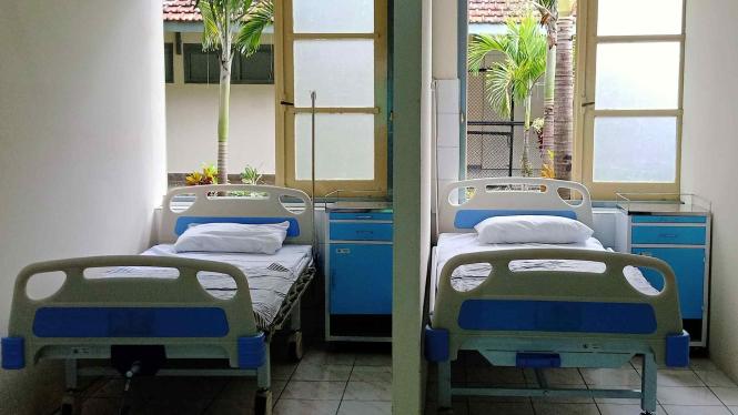 Ilustrasi ruangan pasien Covid-19 yang kosong.