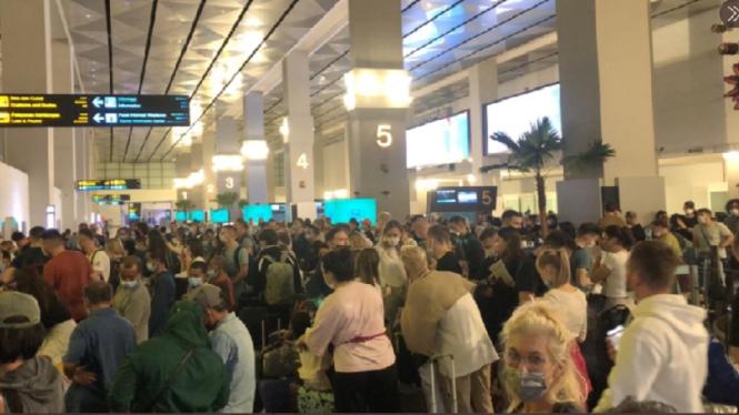Terminal 3 Bandara Soetta dipenuhi wisatawan mancanegara