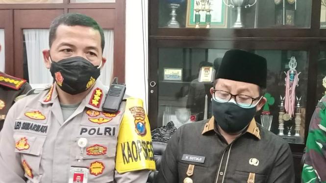 Wali Kota Malang Sutiaji bersama Kapolrestas Malang Kota Kombes Pol Leonardus Si