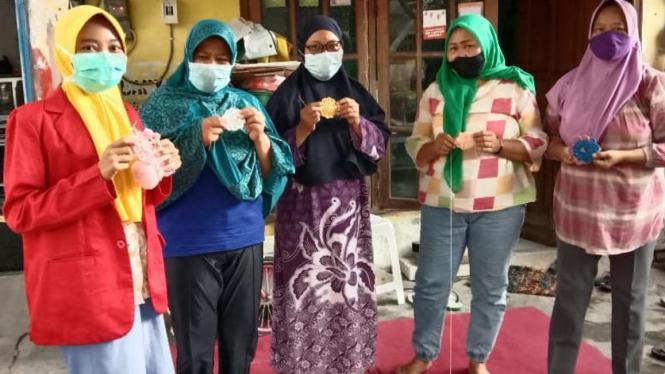 #KitaUntagSurabaya #UntukIndonesia #UntagSurabayaKeren #EcoKampus #KampusKompeten