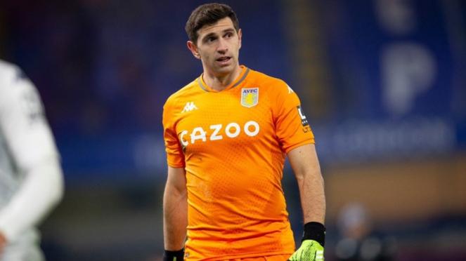 Kiper Aston Villa, Emiliano Martinez