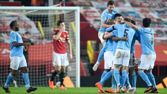 Pemain Manchester City rayakan kemenangan lawan Manchester United.