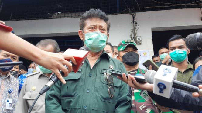Menteri Pertanian Syahrul Yasin Limpo Tinjau Produksi Tahu-Tempe di Semanan