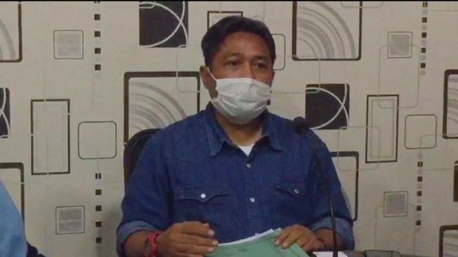 Ketua KPU Bandar Lampung Dedy Triadi saat memberikan keterangan pers