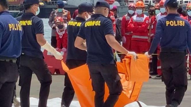 Potongan tubuh penumpang Sriwijaya Air ditemukan