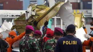 Serpihan Pesawat Sriwijaya Air