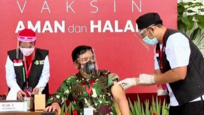 VIVA Militer: Panglima TNI menerima vaksin Sinovac COVID-19