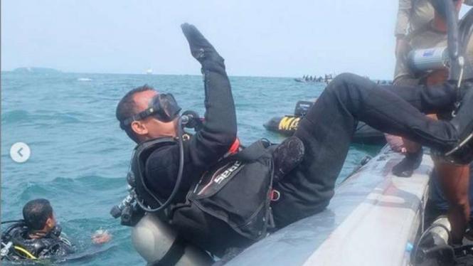 VIVA Militer: Denjaka dan Taifib lanjutkan pencarian Kotak Hitam CVR SJ182