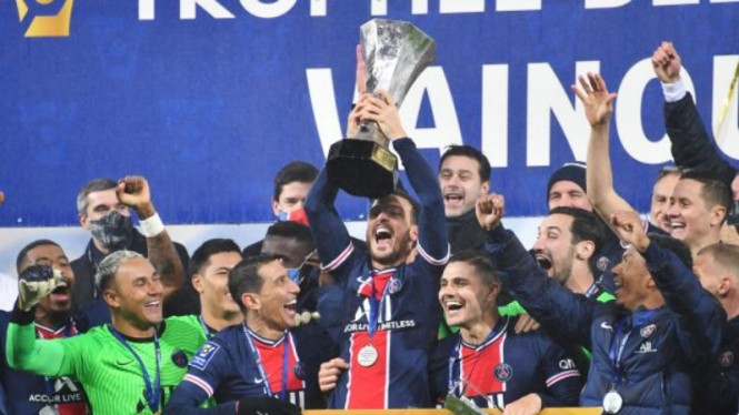 Paris Saint-Germain juara Trophee des Frances
