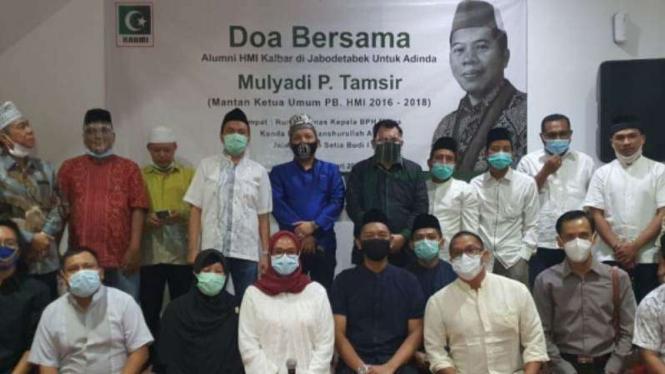 Alumni HMI Kalimantan Barat menggelar doa untuk Mulyadi P Tamsir.