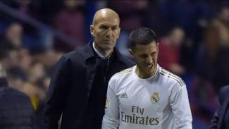 Pelatih Real Madrid, Zinedine Zidane bersama Eden Hazard