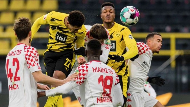 Pertandingan Borussia Dortmund vs Mainz