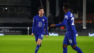 Pemain Chelsea, Mason Mount merayakan gol ke gawang Fulham