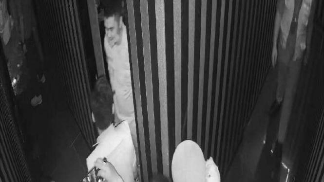 Kapolsek dilaporkan karena pakai sepatu ke lokasi meditasi Hindu