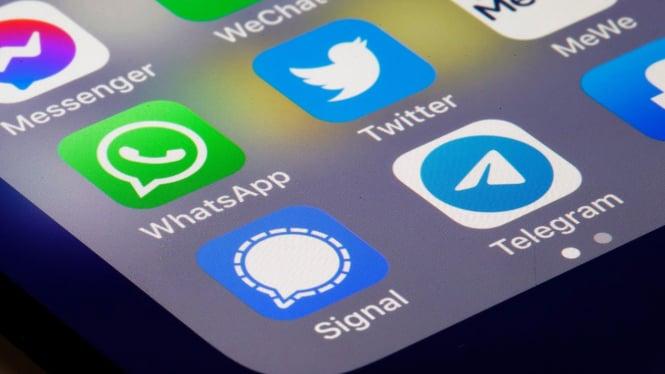 Aplikasi Signal, WhatsApp, dan Telegram.