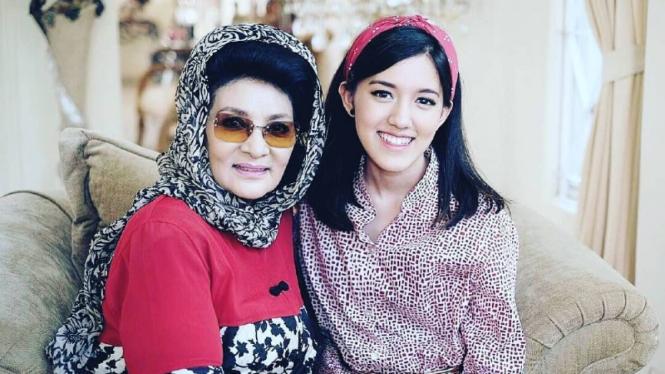 Farida Pasha dan Ify Alyssa.