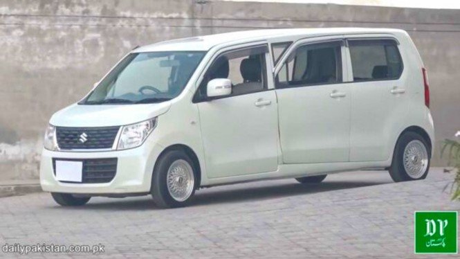 Suzuki Wagon R dimodifikasi jadi limusin