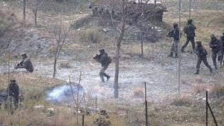 VIVA Militer: Tentara India terlibat baku tembak dengan tentara Pakistan