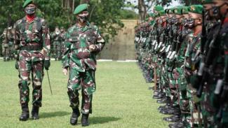 VIVA Militer: Pangdam XVI/Hassanudin, Mayjen TNI Andi Sumangerukka