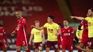 Pemain Liverpool dan Burnley ribut di pertengahan laga.