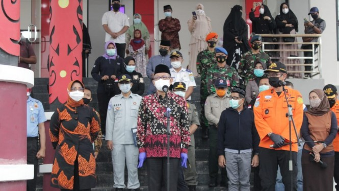 Gubernur Kalbar serahkan jenazah korban jatuhnya pesawat Sriwijaya Air SJ 182
