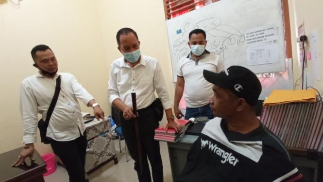 Pelaku diamankan anggota Polsek Ilir Barat II Palembang, Sumatera Selatan.