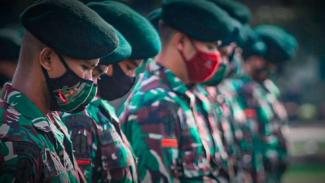 VIVA Militer: Pasukan Yonif 405/Surya Kusuma sang Banteng Loreng.