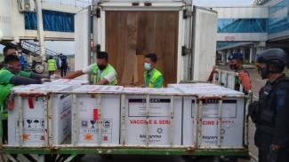 34.400 Vaksin COVID-19 Jenis Sinovac Tiba di Kalimantan Barat