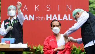 Vaksinasi COVID-19 Presiden Jokowi Untuk Dosis Kedua