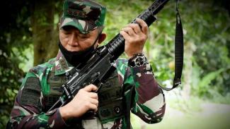 VIVA Militer: Letjen TNI BHK