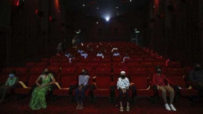 Industri Bollywood Bernafas Lega, Bioskop Boleh Dibuka dengan 50 Persen Penonton