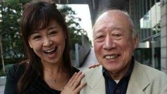 Shigeo Tokuda atau Kakek Sugiono (kanan).