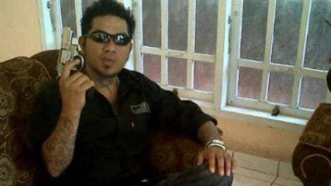 VIVA Militer: Preman penganiayan prajurit TNI