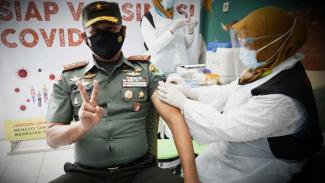 VIVA Militer: Komandan Korem 061/Surya Kencana, Brigjen TNI Achmad Fauzi.