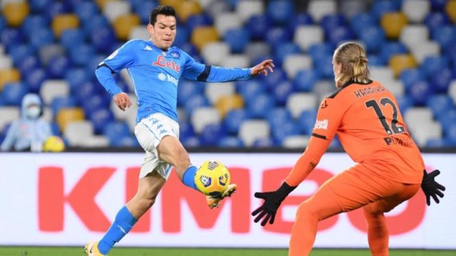 Pertandingan Napoli vs Spezia di babak perempatfinal Coppa Italia 2020/2021.