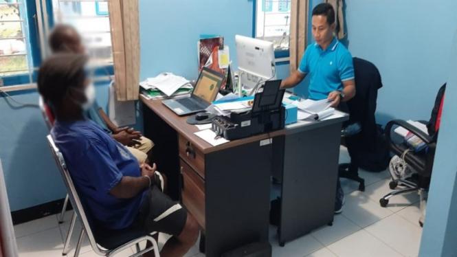 Kementerian KKP menangkap dua pelaku pengeboman ikan di Biak, Papua