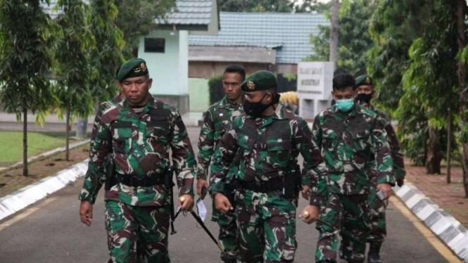 VIVA Militer: Pangkostrad Letjen TNI Eko Margiyono di markas Pasukan Tengkorak