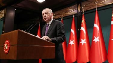 https://thumb.viva.co.id/media/frontend/thumbs3/2021/02/03/601a6395afde5-presiden-erdogan-kutuk-kaum-muda-lgbt-di-tengah-gelombang-unjuk-rasa_375_211.jpg