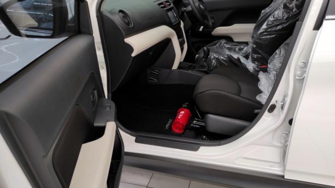 Alat pemadam api ringan atau APAR di mobil Daihatsu