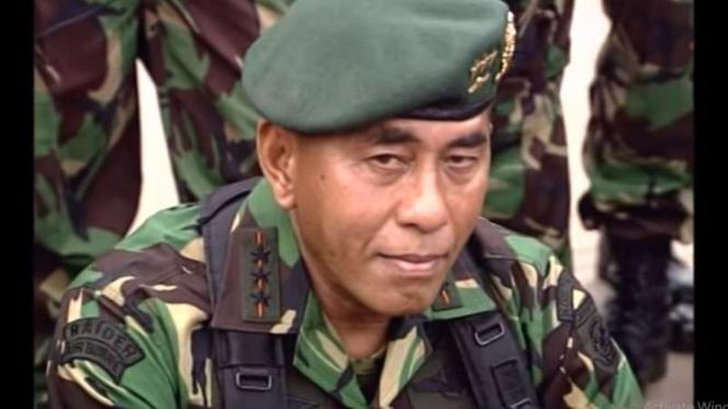 VIVA Militer: Jenderal TNI (Purn.) Ryamizard Ryacudu saat menjadi Pangkostrad