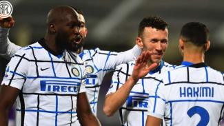 Pemain Inter Milan merayakan gol ke gawang AC Milan