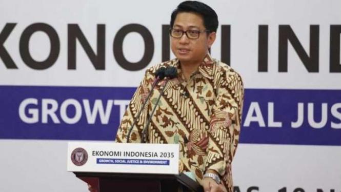 Almarhum Prof. Firmanzah.