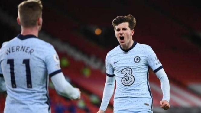 Pemain Chelsea rayakan gol Mason Mount.