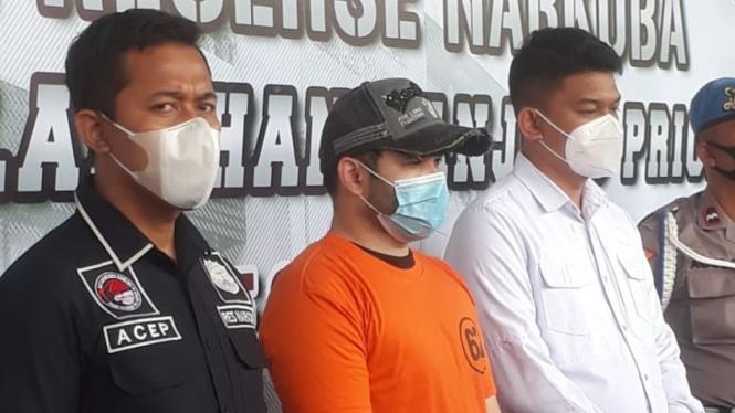 Ridho Rhoma kembali diamankan polisi karena narkoba.