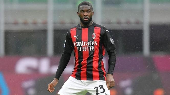 Bek AC Milan, Fikayo Tomori