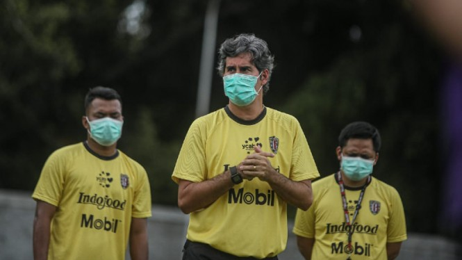 Pelatih Bali United, Stefano Cugurra Rodrigues alias Teco